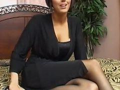 a nude horny girl from Everett, Massachusetts